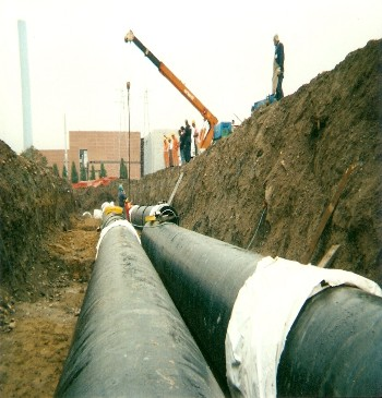 Welding and installation of a DN600 teleheating pipe with connected mittens near the incinerator in Pero (Mi) on behalf of A2A (1)