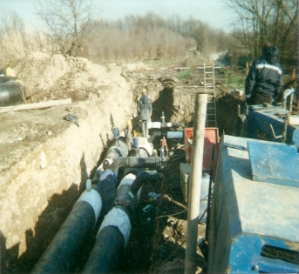 Welding and installation of a DN600 teleheating pipe with connected mittens near the incinerator in Pero (Mi) on behalf of A2A (2)
